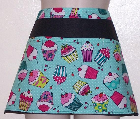 Waitress//Server Apron Christmas Cupcakes Design