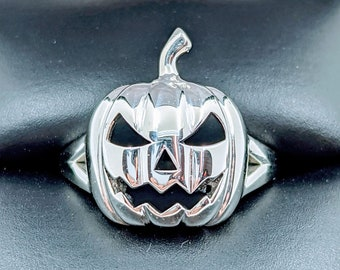 Sterling Silver Scary Jack-O'-Lantern Pumpkin Ring