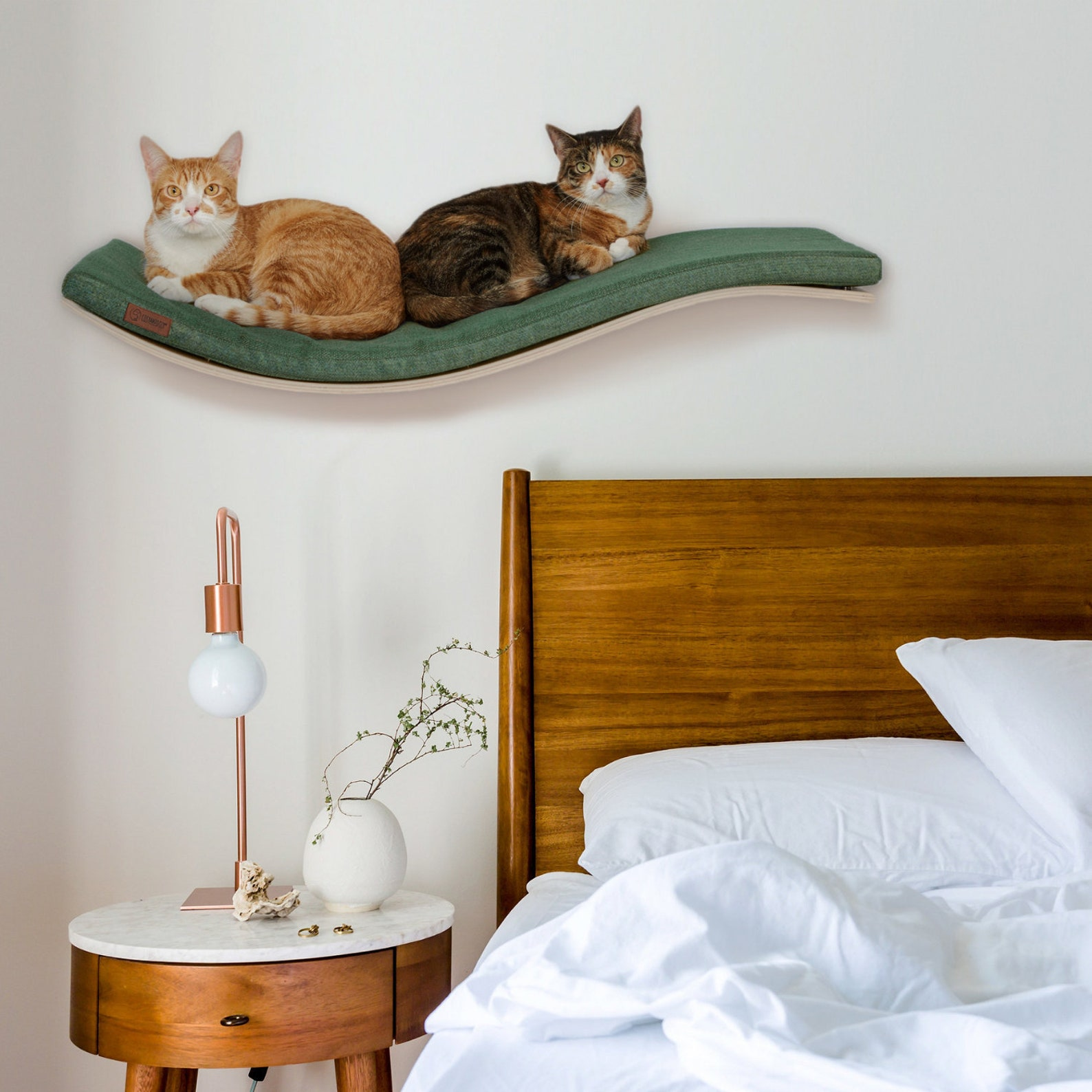 high design wall mounted cat bad