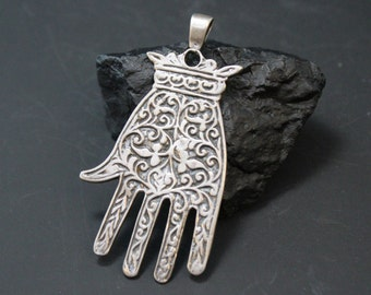 Sterling Silver Filigree Flat Lace Glove Signed Pendant