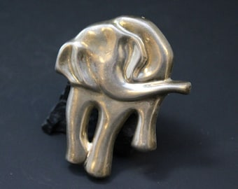 Unique Sterling Silver Large Hollow Modernist Signed ZINA Elephant Brooch Pin