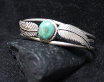 Stunning Turquoise Cuff Bracelet, Leaf Design Navajo Cuff, Native American Southwestern 925 Sterling Silver Cuff Bracelet, Authentic Vintage