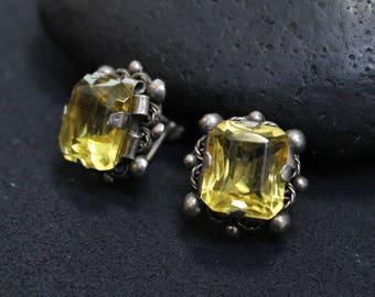 Silver Yellow Glass Screw Back Earrings, Yellow Gemstone Earrings, Vintage Gemstone Earrings, Silver Screw Back Earrings