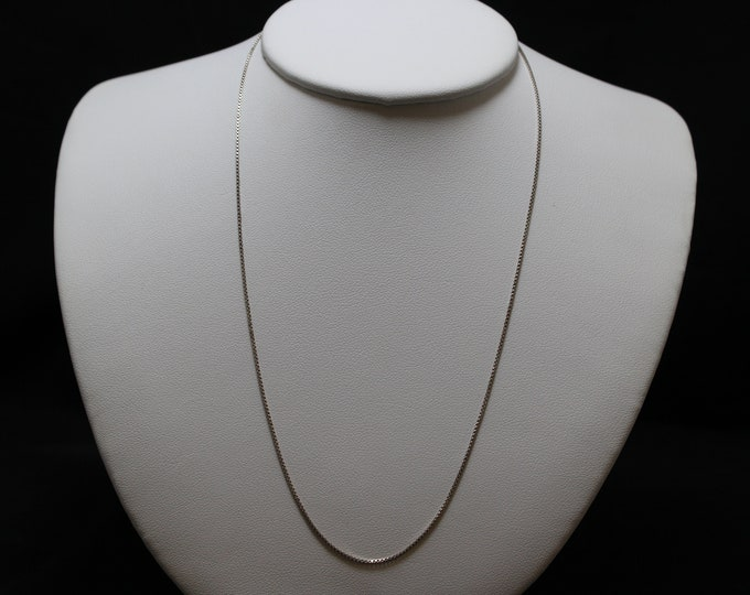 "18"" Sterling Silver Milor 0.85 MM Box Link Necklace Chain"