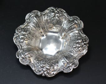 Mid-20th Century Francis I Repousse Sterling Silver Bowl, Francis I Sterling Bowl, Sterling Silver Fruit Bowl, Sterling Silver Bowl