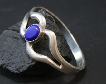 Vintage Sterling Silver and Lapis Lazuli Hinged Taxco Mexico Bangle Bracelet