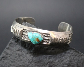 Sterling Silver Native American Navajo Turquoise Cuff Bracelet with Turquoise Stone