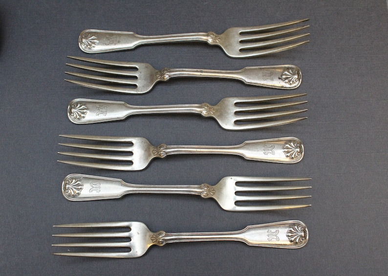 Set of 6 Sterling Silver Tiffany & Co Shell and Thread Forks image 0