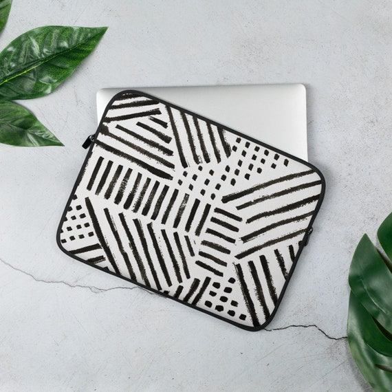 Dash and Dots Laptop Sleeve