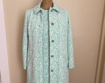 Dress Size 10 Serbin Designed by Muriel Ryan Green Floral Pattern Flared Skirt Scoop Neck Back Zipper Flattering Fit Vintage Apparel
