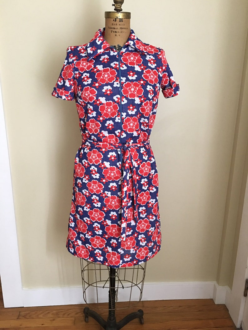 053b1fa36804 Vintage Floral Dress Red White and Blue Flower Summer Dress | Etsy