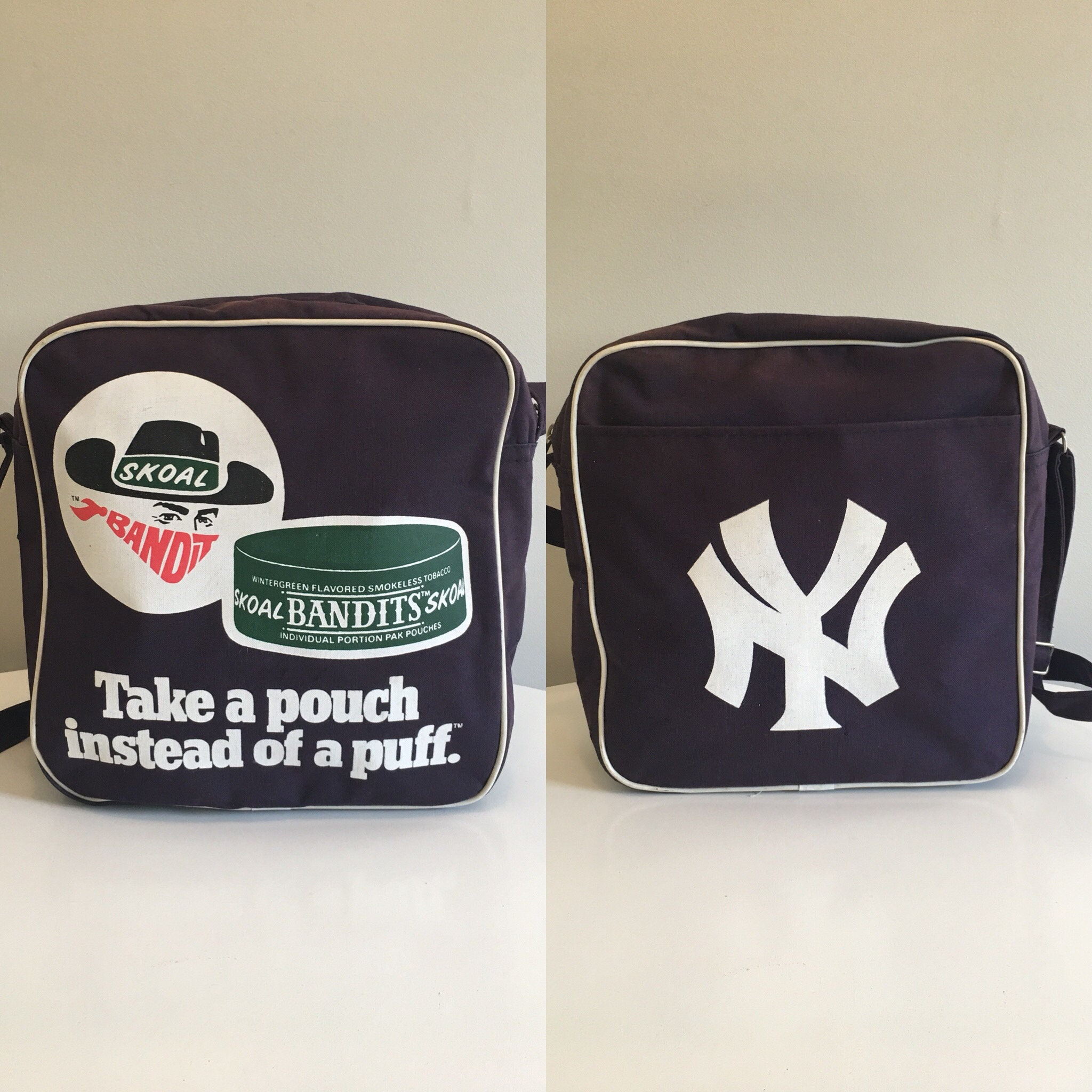 Vintage New York Yankees Skoal Bandits Tote Bag, Promotional Advertising  Tote Bag, Navy Blue Messenger Bag, Baseball Fan, Sports Fan Bag