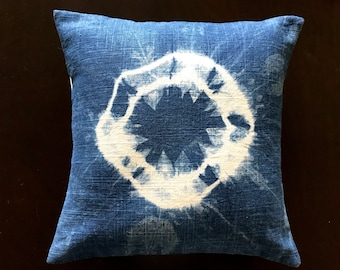 Shibori 30 cm x 30 cm  pillow cover - Kanoko shibori- pillow cover gift- Mothers day gift - Modern home-Sustainable living-Natural dyes