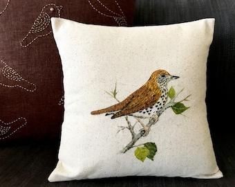 Hand painted Wood thrush bird  pillow -30Cmx30Cm pillow cover- Embroidered pillow -Sustainable -Bird watchers-Bird lovers- Modern home-Local