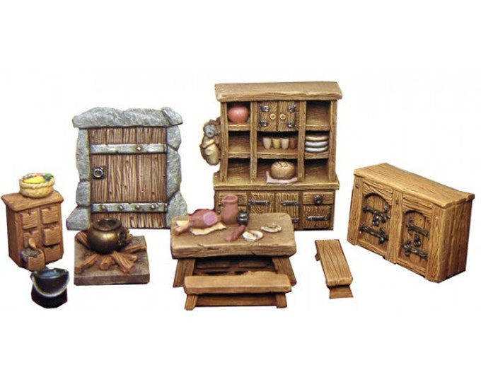 Miniature medieval thatched cottage accessories