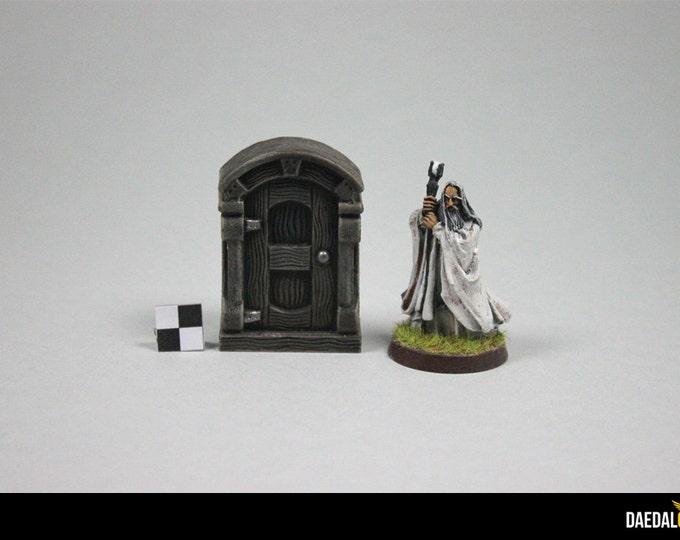 wardrobe fantasy miniature