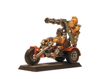 Miniature barbarian motorcycle scale 28mm