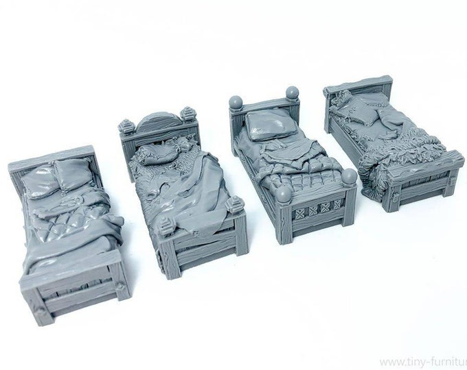 Lot of 4 miniature beds decoration for games of figurines type dungeons and dragons, gloomhaven, ranger of shadow deep, frostgrave