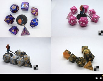 Set of 7 acrylic polyhedral colored dices or role playing games like d&d, cthulhu, pathfinder