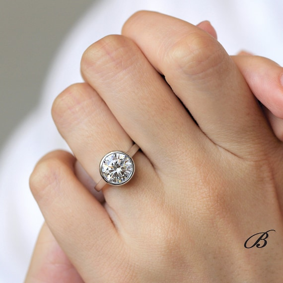 3 35 Carat Solitaire Ring Bezel Setting Engagement Ring Etsy