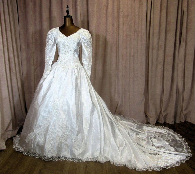 80s Wedding Dress.80s Wedding Dress Princess Embroidery Beaded Lace Cathedral Train Tail White Uk 8 S