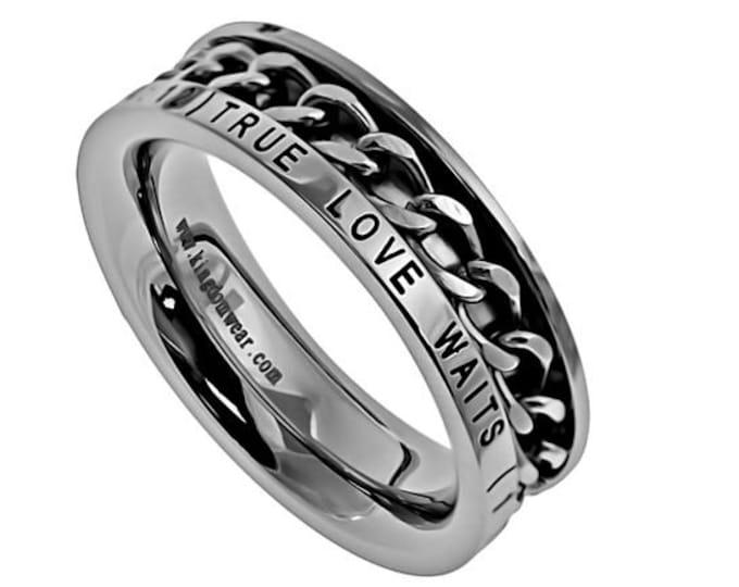 "Single Chain Ring ""True Love Waits"""