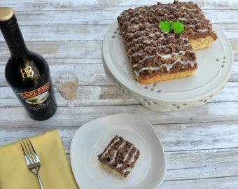 Baileys' Irish Cream Crumb Cake, NY Crumb Cake, Crumb Cake, Cinnamon Cakes, Gourmet Cakes,  Homemade Cakes, Sweet Desserts, Coffee Cake