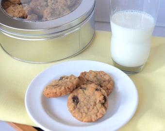 25 Oatmeal Cookies, Raisin Cookies, Fruit Cookies, Gourmet Cookies, Traditional Cookies, Sweet Treat, Classic Cookies, Homemade Cookies