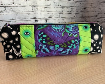 Zipper Pouch - Pencil Pouch - Makeup Case - Quilted Pouch - Tula Bag - Pencil Case - Handmade Zippered Bag - Quilted Bag - Ladies Toiletry