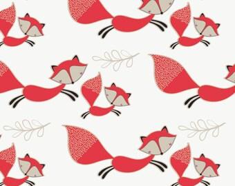 Camelot - Mama & Me - Foxes in White - Cotton Woven Fabric - FAT QUARTER