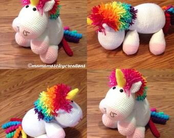 Rainbow unicorn crochet