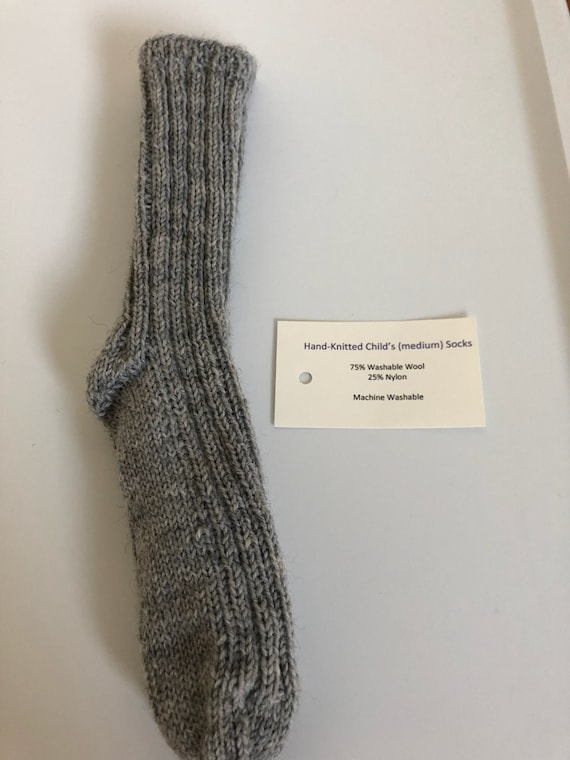 Hand Knit Child/'s socks size small CSMG1