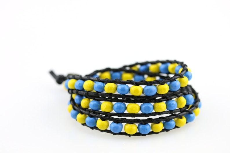 9ee4b5c9e691 Triple envoltura cuero grano de madera pulsera Ucrania azul