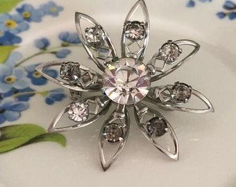 b10b4b3646 Small flower brooch | Etsy