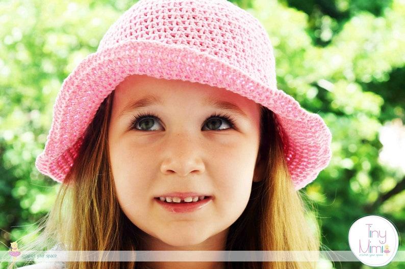 5457bb9ddb1a4 Crochet hat Crocheted hats for girls Crochet hat women Baby girl crochet  hats Crocheted toddler hats Summer cloche hat Crochet panama hat