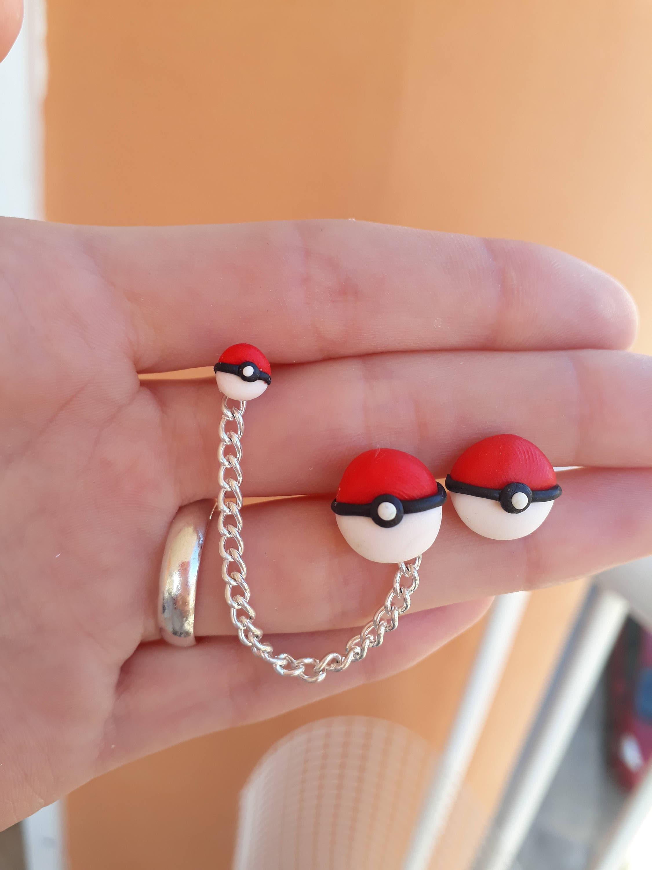 Pokéballs Chain Earring Pokémon Hélix cartilage piercing | Etsy