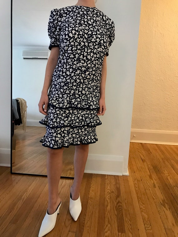 Maggy London floral tiered dress size 6