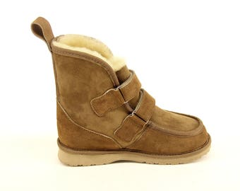 COMFORT BOOTS  - Genuine Australian sheepskin winter boot, with removable sheepskin insole and Vibram-Sole. Made in the USA by Wooly Rascals