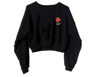 Tulip Crop Sweatshirt-Black Cropped Sweater-Embroidered Fleece Sweatshirt 871e6034b