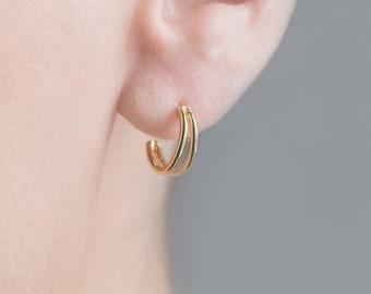 Small Gold Hoop Earring, Double Hoop Earring, Half Hoop Earring, Tiny Hoop earring, Open Earring, Crescent Moon Gold Earring, Semicircle