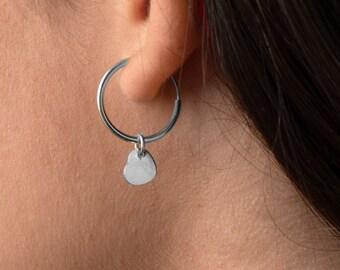 Heart Earring Hoop, Dangle Earring, Charm Hoop Earring, Gift for Girlfriend, Dainty Earring, Minimalist Earring, Creole, 15mm Hopp Earring