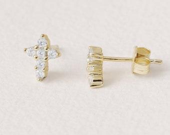 Tiny Cross Stud, Silver, Cz cross Earring, Small Cross Earring, Second Hole Earring, Zircon Stud Earring, Dainty Jewelry, Cartilage Earring