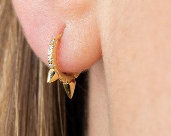 Spike Hoop Earring, Minimalist Earring, Huggie Earring Gold, Cz Cartilage, Gold Plated Hoop, Dainty Jewelry, 2nd Hole Hoop, Triple Spike