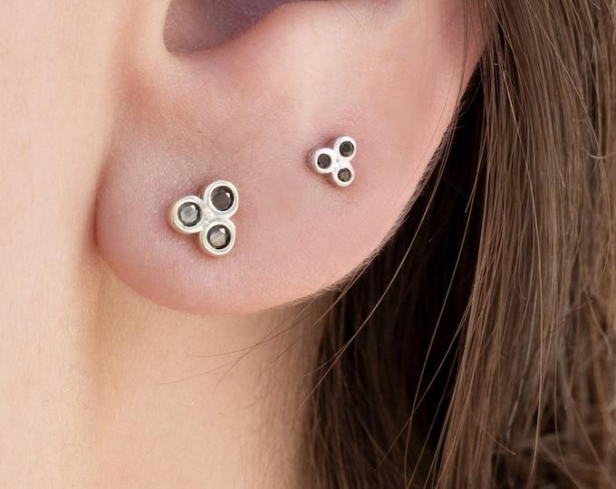 Triple Dot Earring, Second Hole Earring 2nd Hole,Gold Stud Earring,Three Stone Stud, Trio Stud Earring,Three Dot Earring, Black Diamond Stud