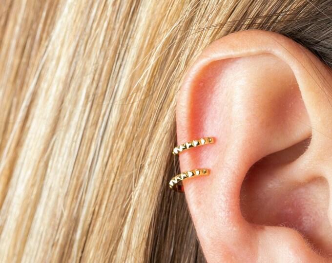 Ear Cuff No Piercing Gold, Fake Piercing Cuff, Cartilage Earring, Ear Cuff No Piercing Nickel Free, Wrap Earring, Tiny Ear Cuff, Small Cuff