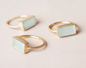 Aquamarine Gold Ring, Raw Stone Ring, Statement Stone Ring, Aqua Chalcedony Ring, Mineral Jewelry,Rectangle Gemstone Ring,Large Ring Women