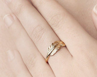 Gold Feather Ring - Boho Ring - Gypsy Ring - Bohemian Ring - Hippie Ring - Wing Ring - Nature Jewelry - Dainty Minimal Rings - Gift for Her