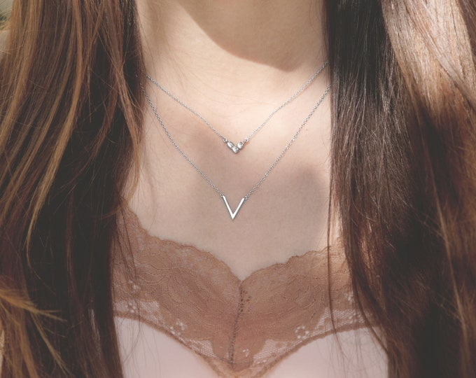 Small V Necklace, V Shaped Necklace, V Necklace Silver, Dainty V Necklace, Tiny V Necklace, Layering Necklace Set, Geometric  Necklace