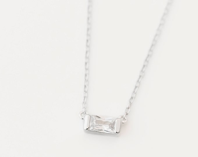 Baguette Necklace, Floating Diamond Necklace, Dainty Necklace Woman, Baguette Cut Necklace, Dainty Gem Necklace, Floating Diamond Necklace