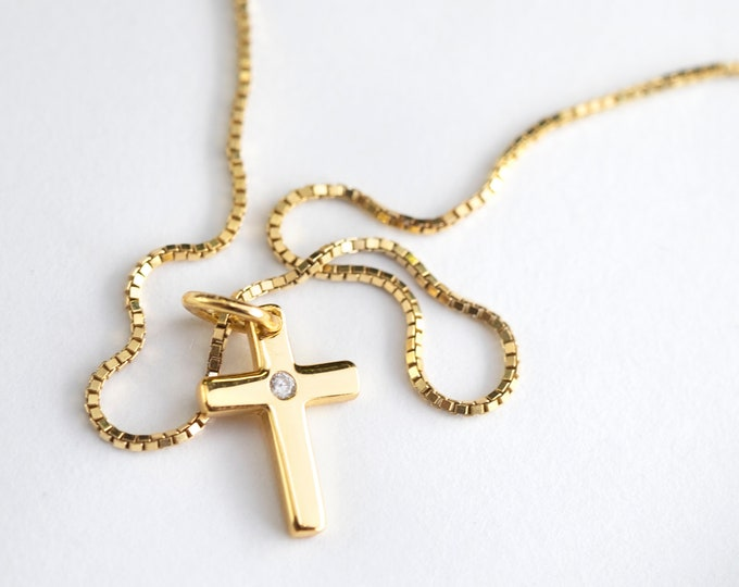 Gold Cross Necklace Women, Small Cross Necklace, Cross Necklace Men, Dainty Cross Necklace, Small Pendant, Gold Cross Pendant